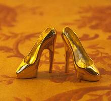 Shoes-gold-2